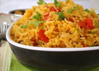 Thakkali Sadam - Spicy Tomato Rice Recipe