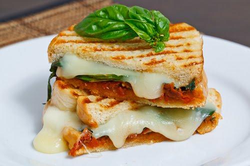Sun-Dried Tomato Pesto Sandwich