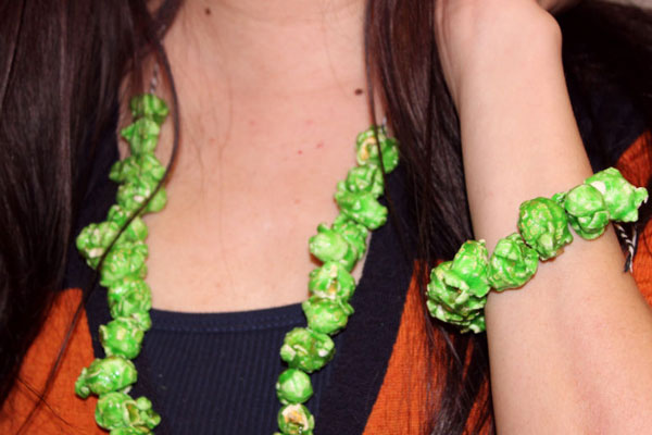 Make Popcorn Jewellery