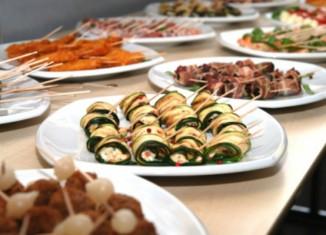 Etiquette : Handling Formal Appetizer