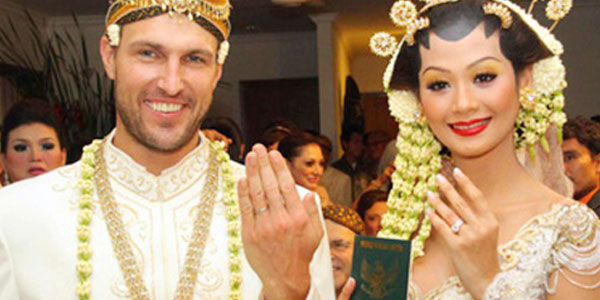 Mixed Marriages - Indonesians and Expatriates