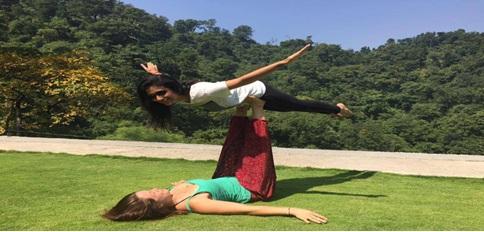 living_the_yoga
