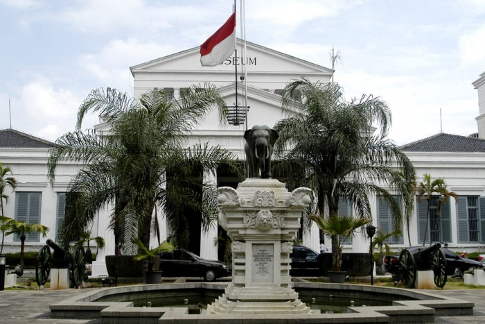Indoindians Guided Tour of Indonesian National Museum on Wednesday, 27th April with Aarti Garde