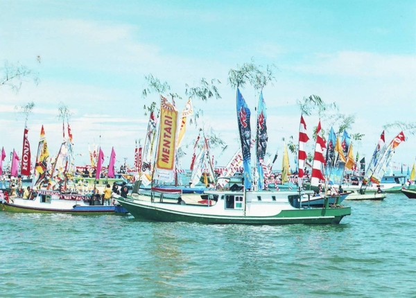 Boats in Mappanretase Festival, Pagatan, South Kalimantan