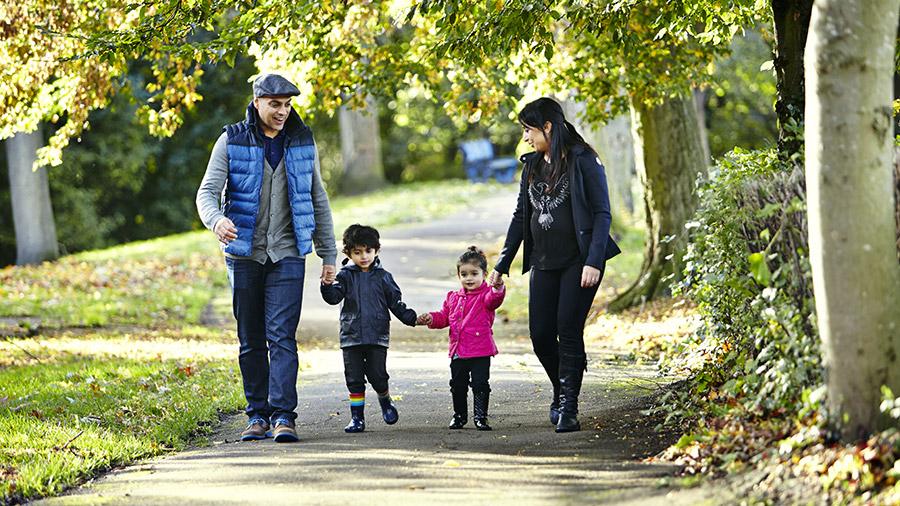 Walking is The Simplest Outdoor Activities for Your Children