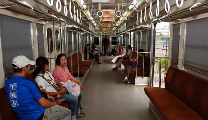 Interior KAI Commuterline