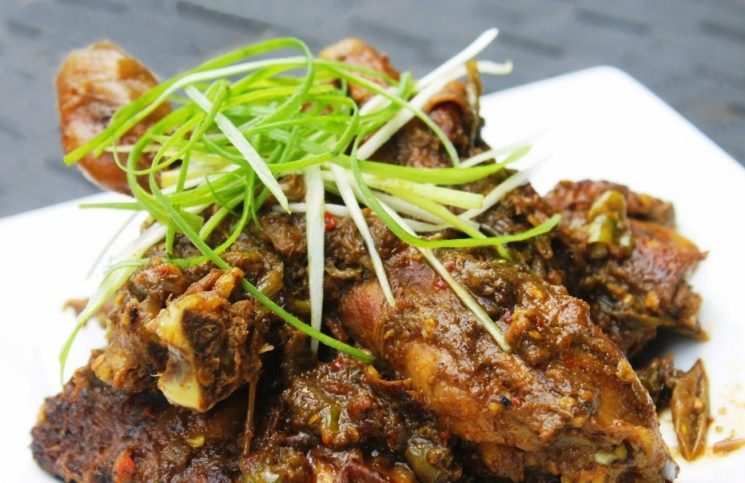 7 Indonesian Traditional Chicken Dishes
