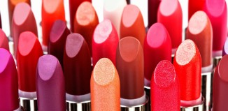 Choosing the Right Lipstick Color