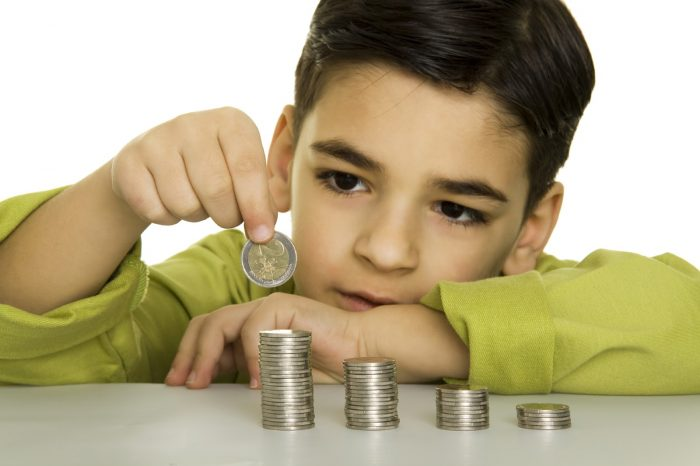 Simple Ways to Teach Good Money Habits to Children
