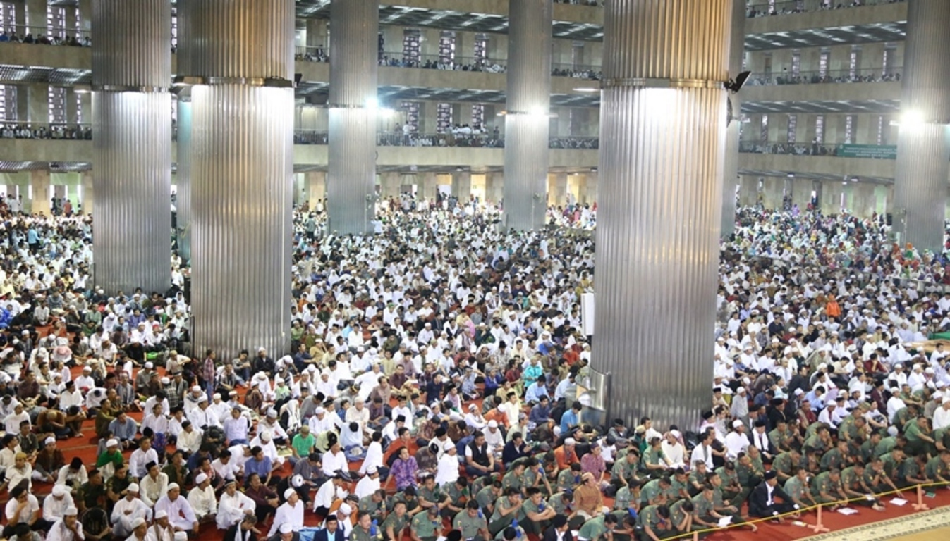 Eid Morning Prayer at Istiqlal Mosque Jakarta