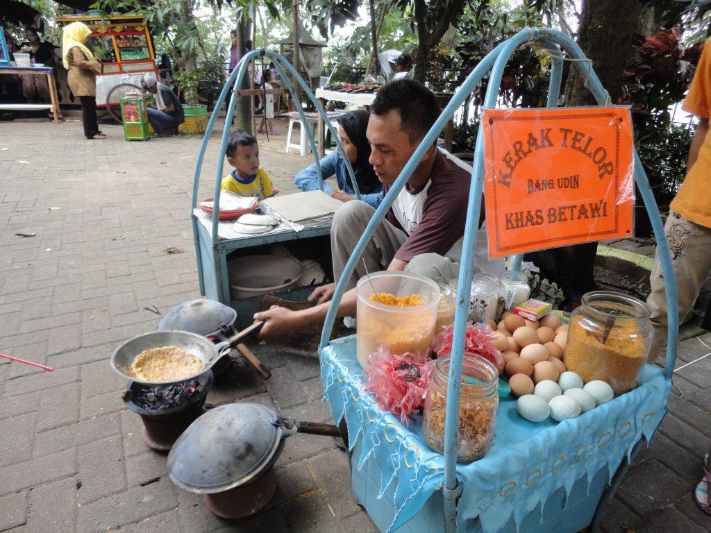 Kerak Telor seller at Setu Babakan