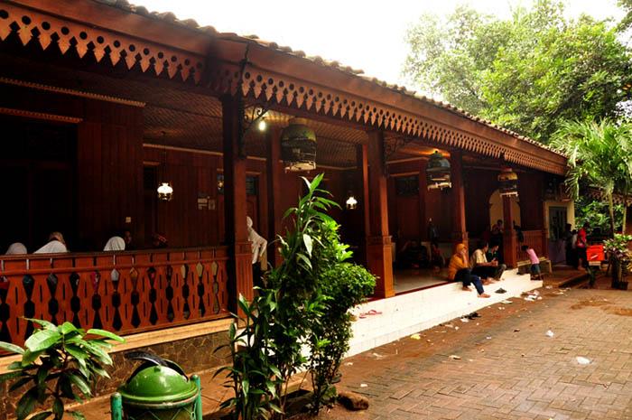 Betawinese Traditional House in Setu Babakan