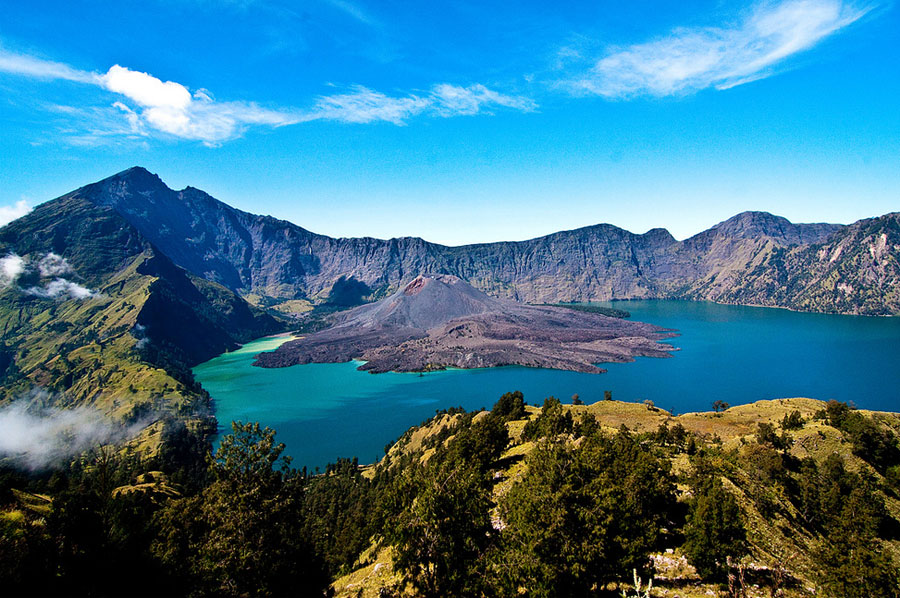 indonesia-mountain-rinjani