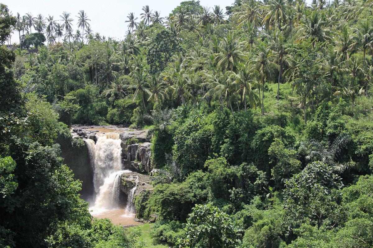 tegenungan-waterfall-4