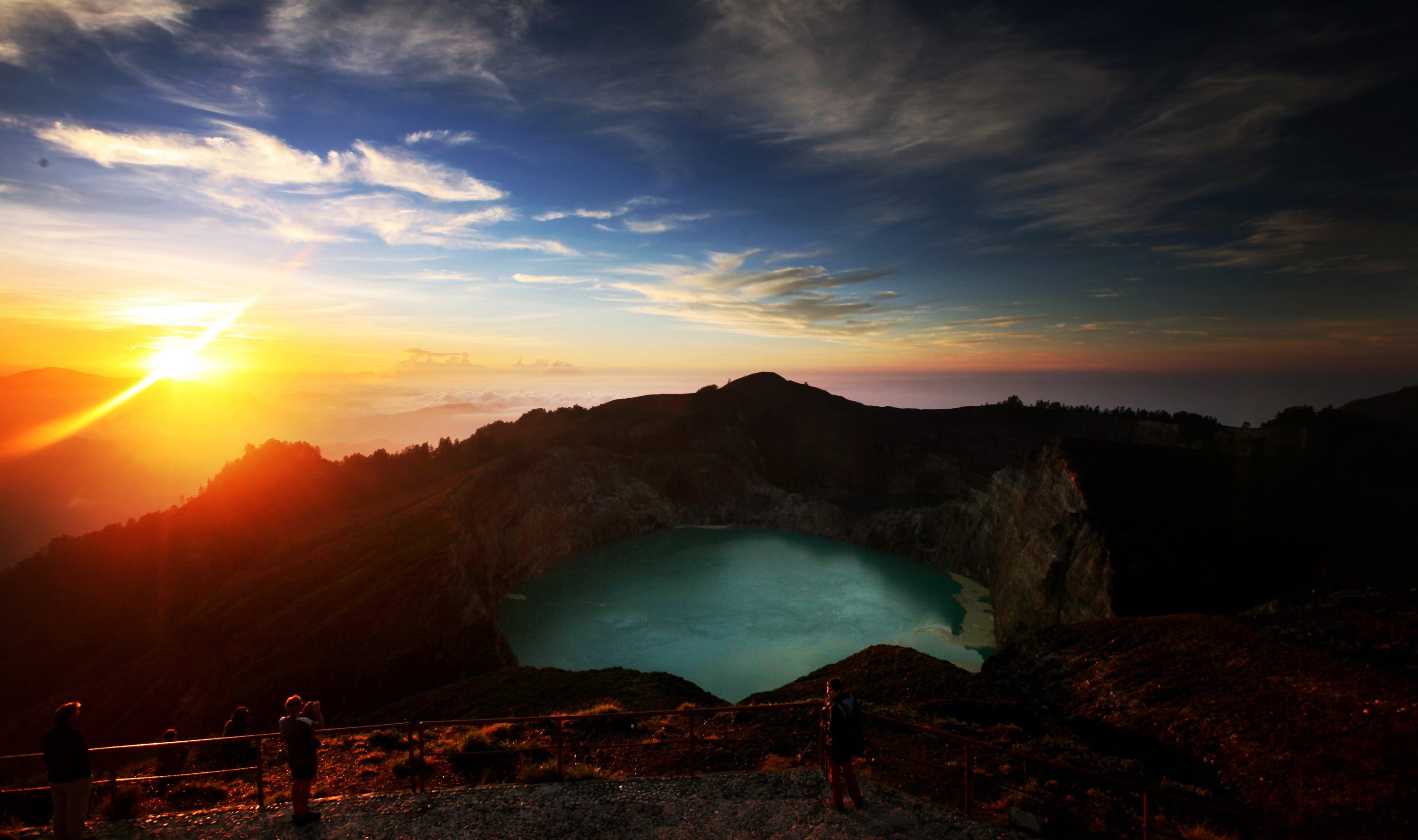 Sunrise, Mount Kelimutu