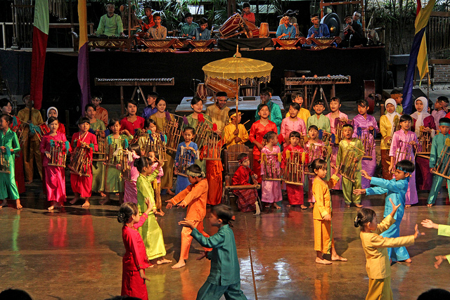 5 Best Cultural Shows in Indonesia  Indoindians