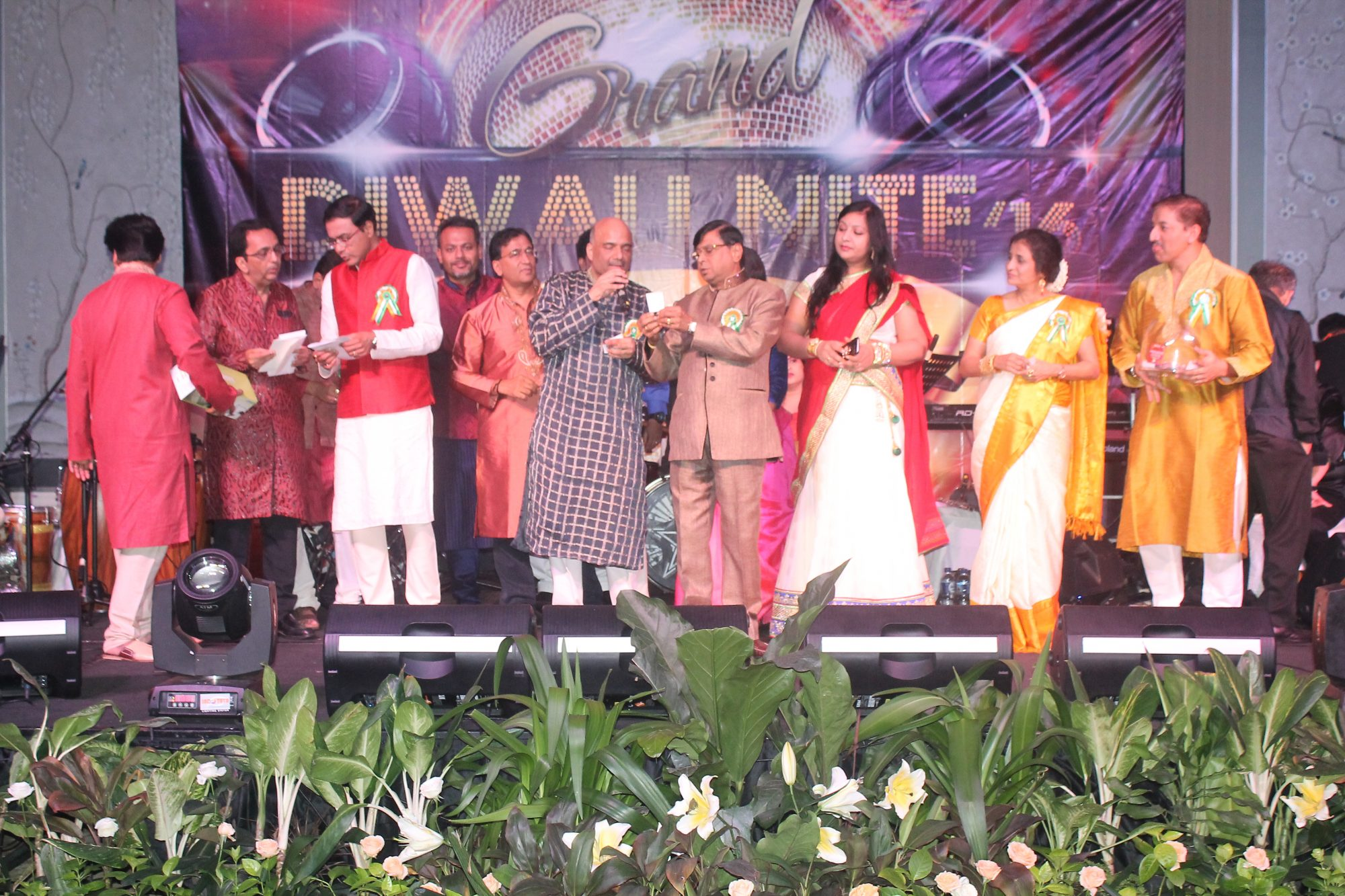 India Club Diwali Event 2016. From left to right: Anand k Bapat, Amith Baxi, Jaideep Bhattacharjee, Sidharth Tekriwal, Hari Krishnan, Rakesh Jain, C.S Sheshadari, Kanika Rajpurohit, Poonam Sagar & Shailendra Halbe