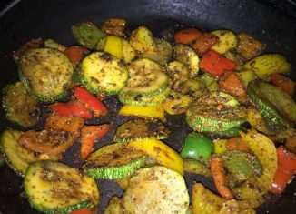 Zucchini and Pepper Weight Loss Salad Recipe