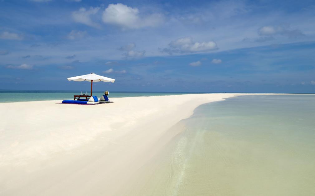 5 must visit private islands in Asia