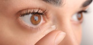 Safety Tips in wearing Contact Lenses