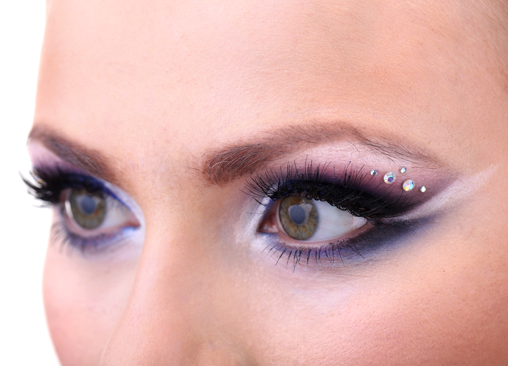 7 Essential Makeup Tips for Hooded Eyes