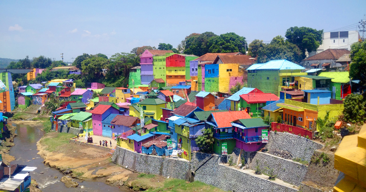 Kampung Warna Warni Jodipan, a Colorful Village in Malang