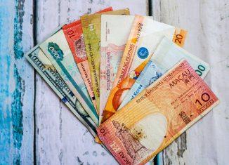 Exchanging Money in Jakarta
