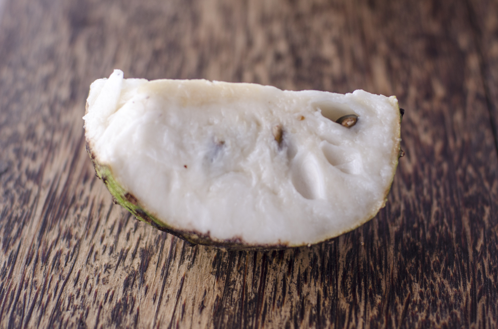 Soursop, Delicious Fruit that May Help Cure Cancer