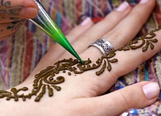 Mehendi or Henna artists in Jakarta