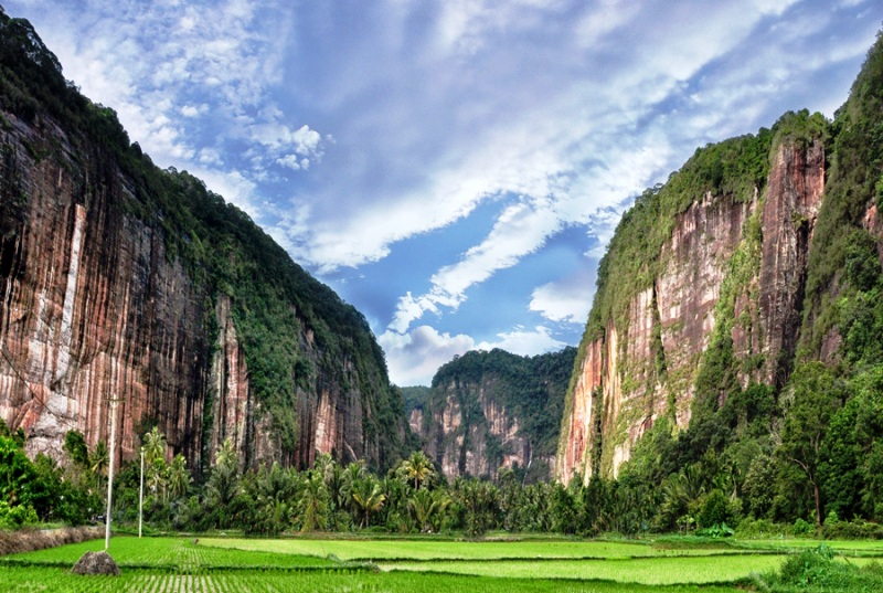 harau-extreme-travel-destination