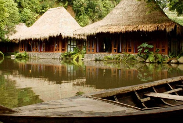 sapu-lidi-resort-5-resorts-to-consider-for-a-romantic-Getaway-in-Bandung-indoindianscom