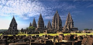 prambanan-mesmerizing-trips-brahma-palaces-around-java