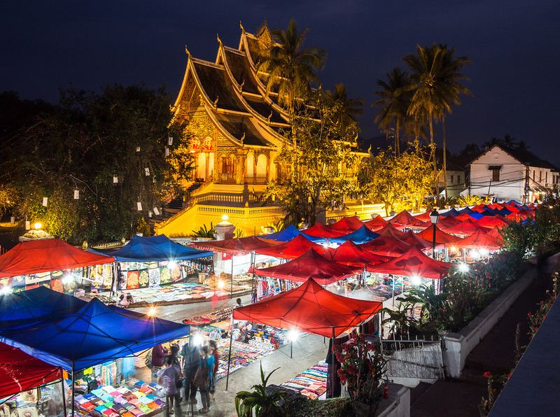 explore-laos-five-remarkable-things-to-do-luang-prabang-night-market