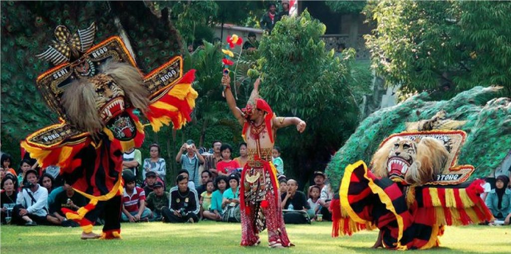 10 Traditional Indonesian Dances You Need to Know