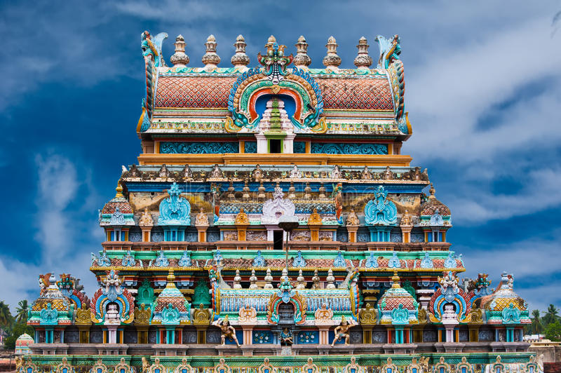 5-destinasi-wisata-eksotis-di-india-sri-rangathaswamy