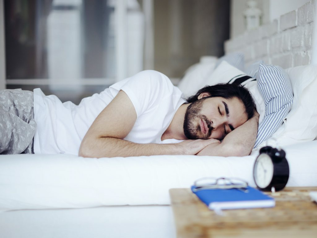 7-Tips-to-Work-Smarter-in-Ramadan-Embrace-afternoon-naps