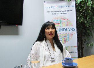 Julia-Suryakusuma-Feminist-Mother-and-Author-of-Julias-Jihad-Julia-Suryakusuma-Interview-at-IndoIndians
