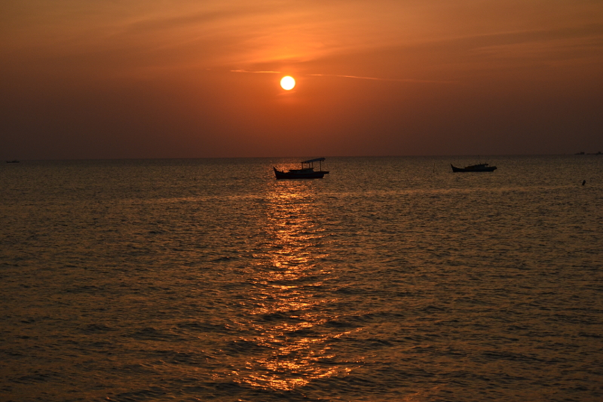 Could spend hours watching the Sunset at Belitung