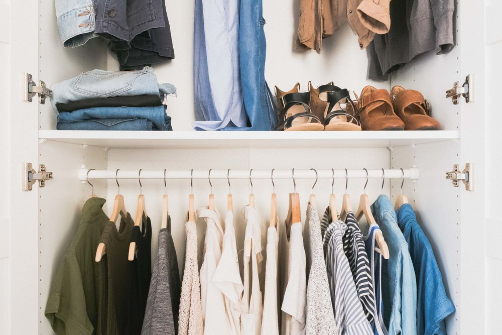 6-Steps-For-a-Versatile-Capsule-Wardrobe-for-Both-Men-and-Women