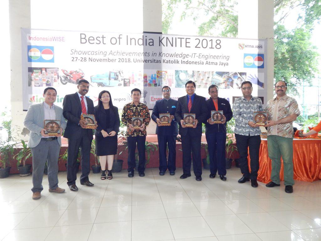 Featured above (left to right) are Bp Adi Sumarno (Wipro-Unza), Mr Sajeev Joseph and Ms Rosma Silitonga (Medisafe Technologies), Bp Irenius Dwinanto Bimo (Atma Jaya), Mr Prakash Gupta (Embassy of India), Mr Amol Titus (IndonesiaWISE), Mr V Thiyagarajan (TVS Motor Company), Mr Pradeep Bahuguna and Mr Akshay Thukral (IndoIn Group) at the Best of India KNITE 2018 inauguration.