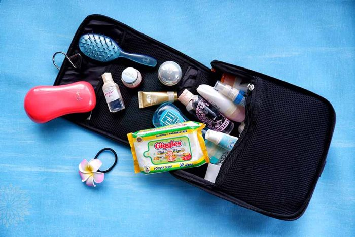 How-to-Prepare-an-Eco-Friendly-Travel-Kit