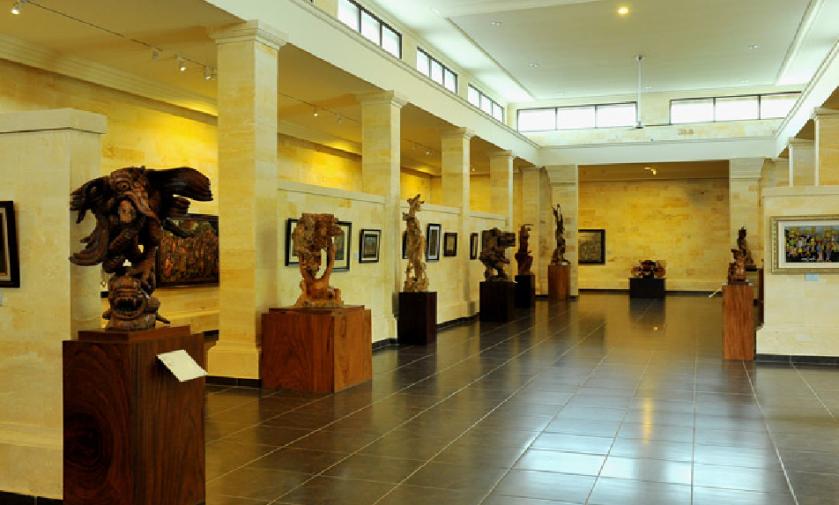 5-Must-Visit-Art-Galleries-in-Bali-Museum-Puri-Lukisan