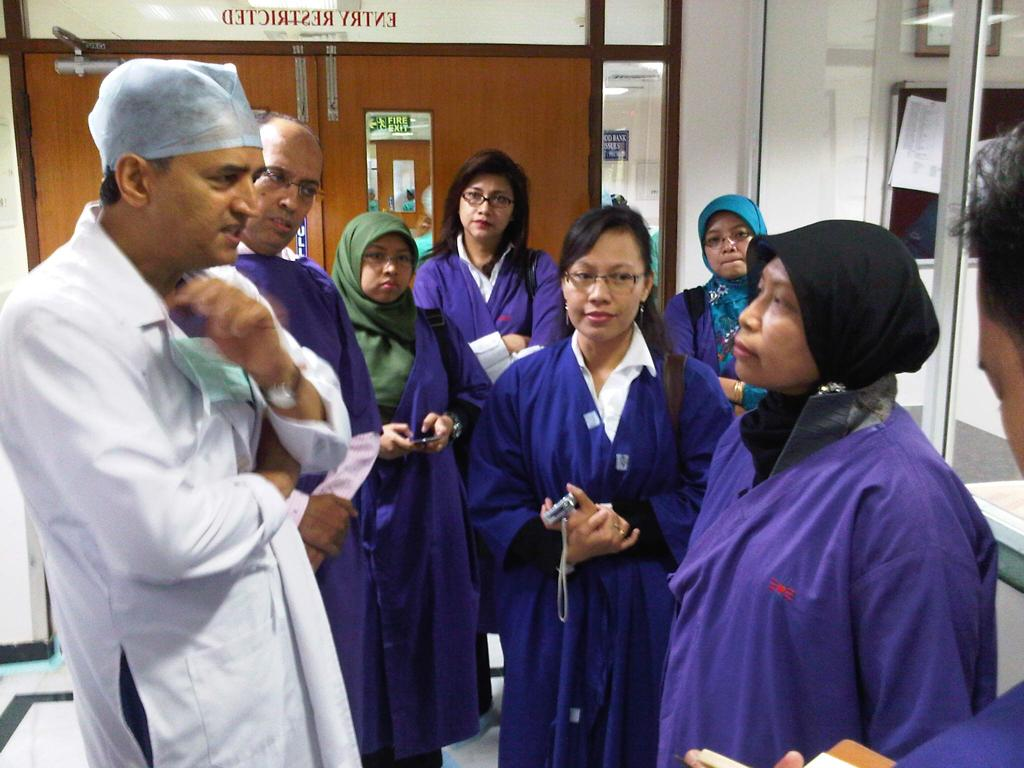 Dr Devi Shetty with 11 doctors from Indonesia