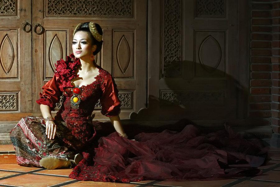 All-About-Kebaya-Indonesias-Traditional-Formal-Wear-for-Women-Sundanese-Kebaya