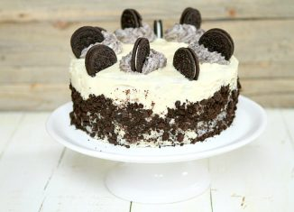 Oreo-Cake-Recipe-Enjoyable-Cake-Dessert-for-all-ages-to-eat