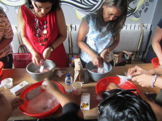 #EventReport Indoindians DIY Workshop with Rita Srivastava: grating soap bar
