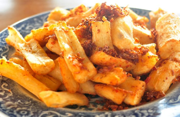Feeling-hungry-for-sweet-and-savory-snacks-Here-are-the-10-most-famous-cassava-dishes-in-Indonesia-Fried