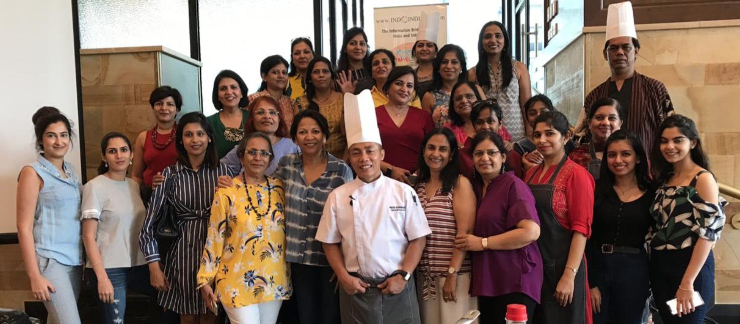 Indoindians-Sushi-class-group