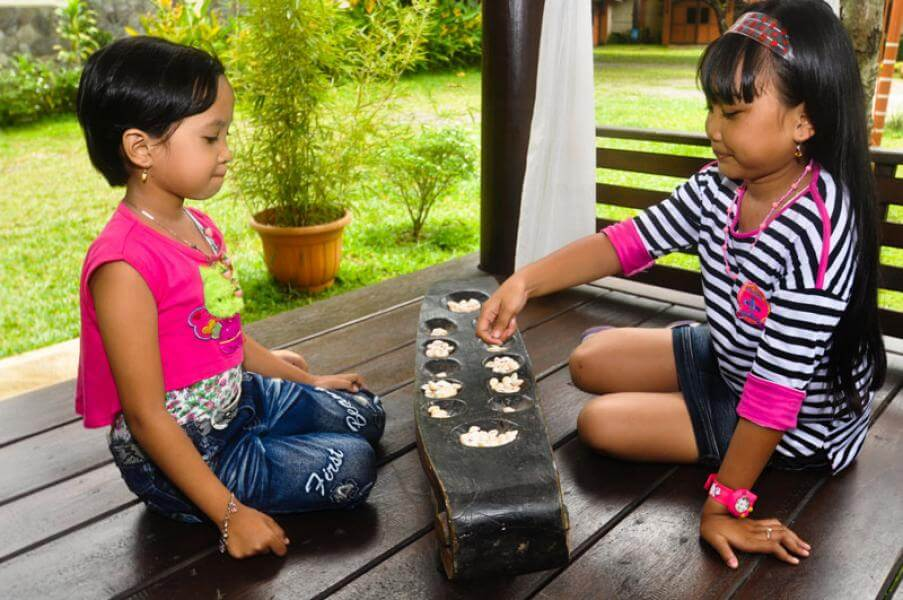 5-Indonesian-Traditional-Games-for-Children