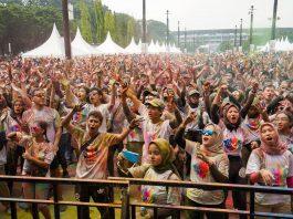 Happy Participants at Indoindians Holi Color Run 2020
